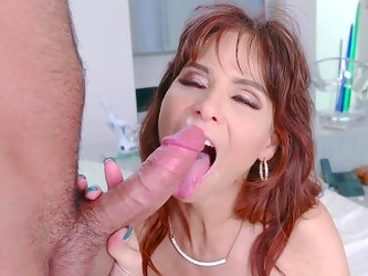 Mommy rides the dick in insane manners after being gagged