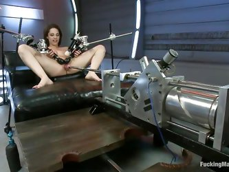 Take a look at her lubed anus getting drilled. The brunette loves the rhythm of this machine and moans insanely. She's gorgeous and her tight, sh