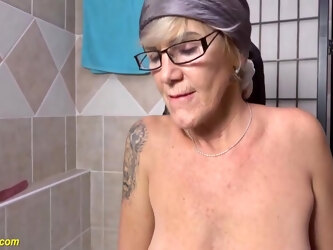 My Crazy Grandma Pissing In The Bathtub