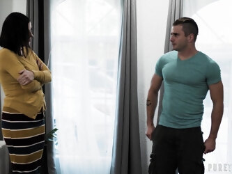 Busty mature wife Sovereigh Syre rides a younger neighbor's dick