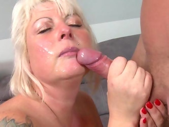Auntie loves the young cock in her fresh cunt and ass