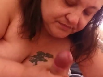 My Friend with benefits give me a blow job
