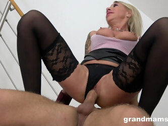 Tattooed mature takes a long dick in her mouth and pussy - Pegging