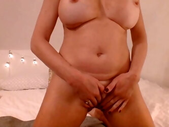 White haired mom loves to pound her ass